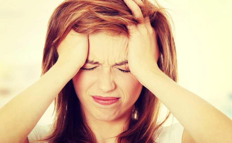Symptoms of dandruff