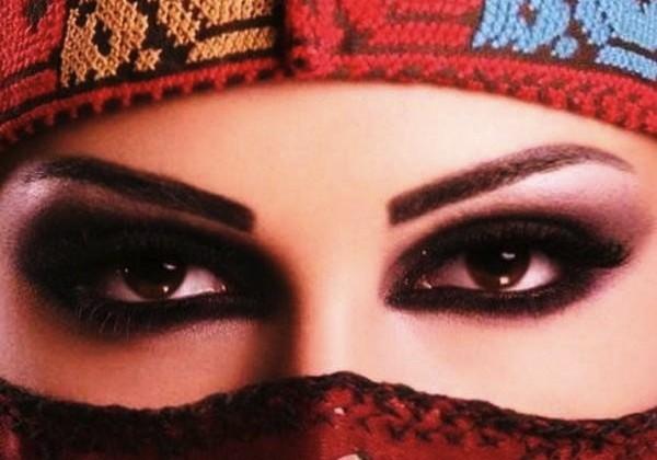 Khol eye makeup tutorial