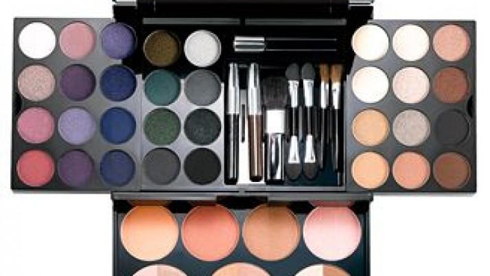 Cheek makeup Tricks and Tips