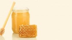 Honey for hair growth