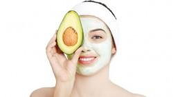 Simple face mask to heal your blemishes