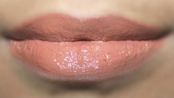 Foiled lip make up