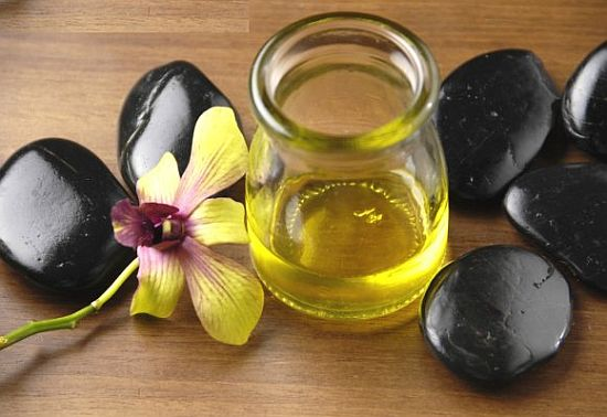 HOME MADE HAIR OIL FOR HEALTHY HAIR