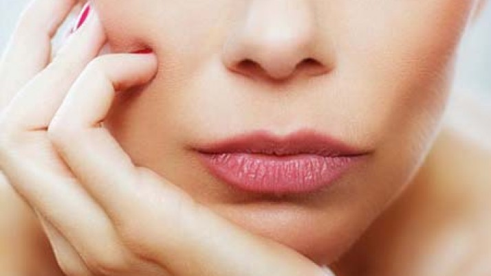 Natural ways to get pink lips with beetroot