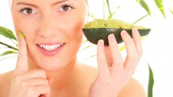 BENEFITS OF AVOCADO FACE MASK