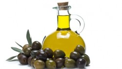 Olive oil for tanning