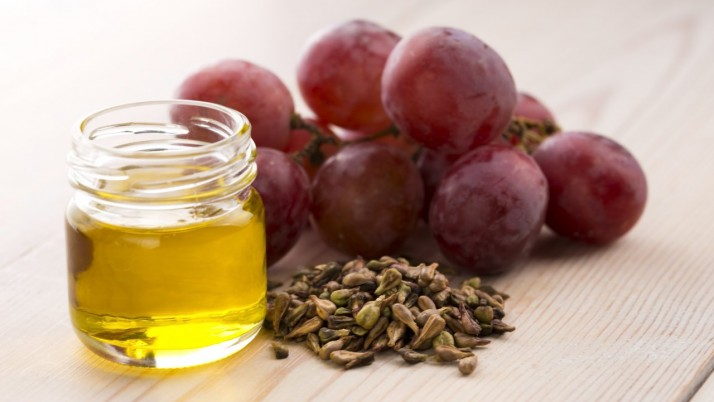 Grape seeds oil for acne