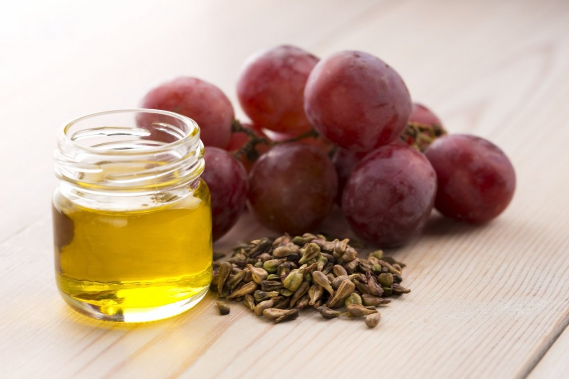 Grapes seed oil for acne