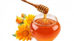 BENEFITS OF HONEY FOR SKIN