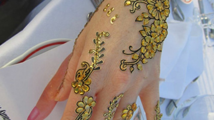Top mehndi stickers