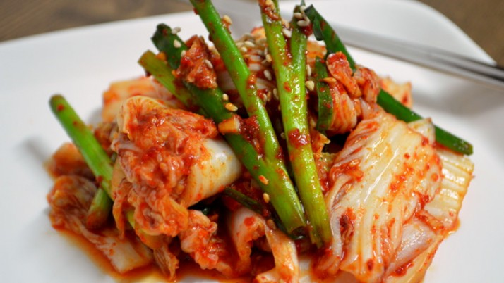 Kimchi benefits uses and side effects