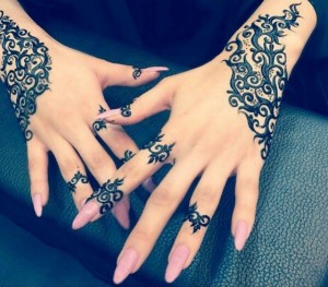 arabic-mehndi-designs-for-bride-relatives-05