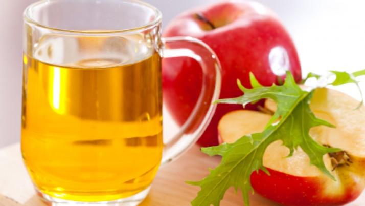 Treatment of apple cider vinegar for sore throat