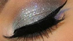 Shimmery eye make up