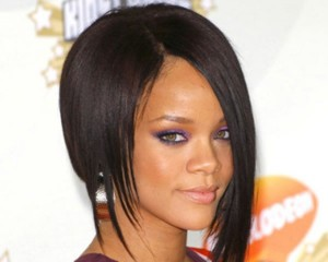 Rihanna-Best-Hairstyles-All-Time-29