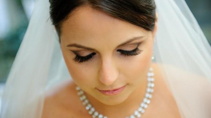 Natural Looking Bridal Makeup Tips