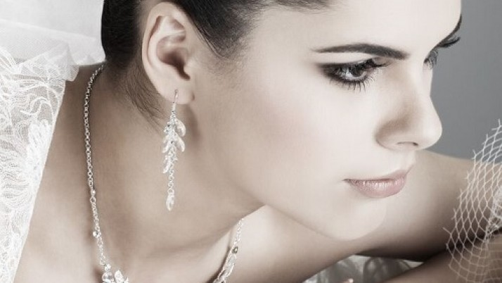 Winter Bridal Makeup Tips You Should Always Keep In Mind