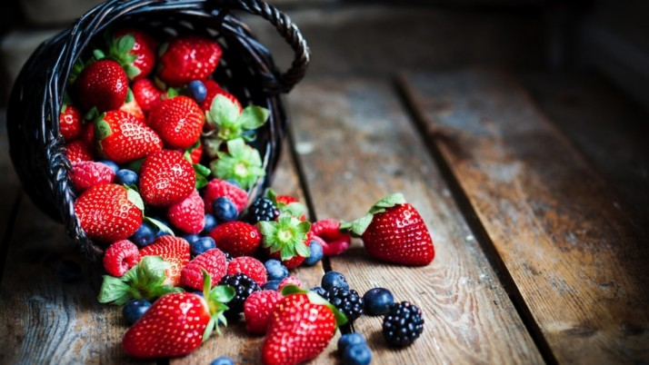 BEST SOURCES OF ANTIOXIDANTS: get attached with plant food.