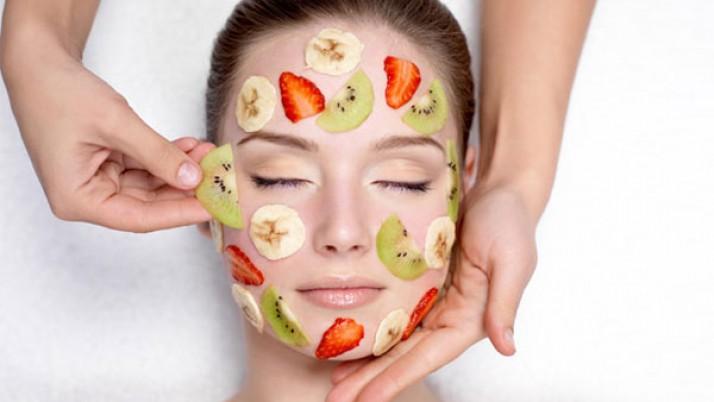 Simple Homemade Fruit Packs for Oily Skin