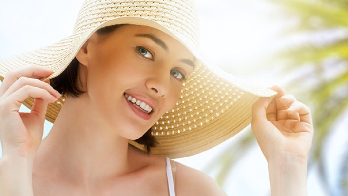 Simple tricks to get Glowing skin in summer