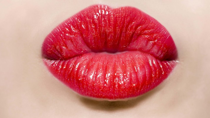 How To Get The Perfect Red Pout?