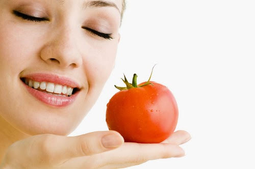 Various Benefits Of Tomatoes For Health Care And Shiny Skin