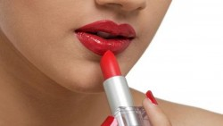 Amazing lip stick Tricks you should know