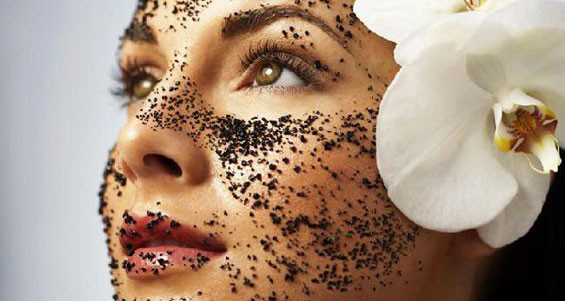 A COFFEE MASK FOR YOUR SKIN