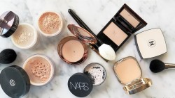 Compact Powders For Oily Skin