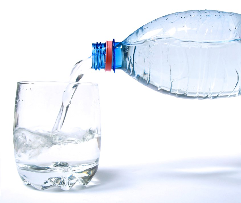 Early Morning Water Drinks That Make You Slim Within a Month