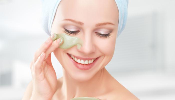 HOMEMADE FACE PACKS TO TREAT BLEMISHES