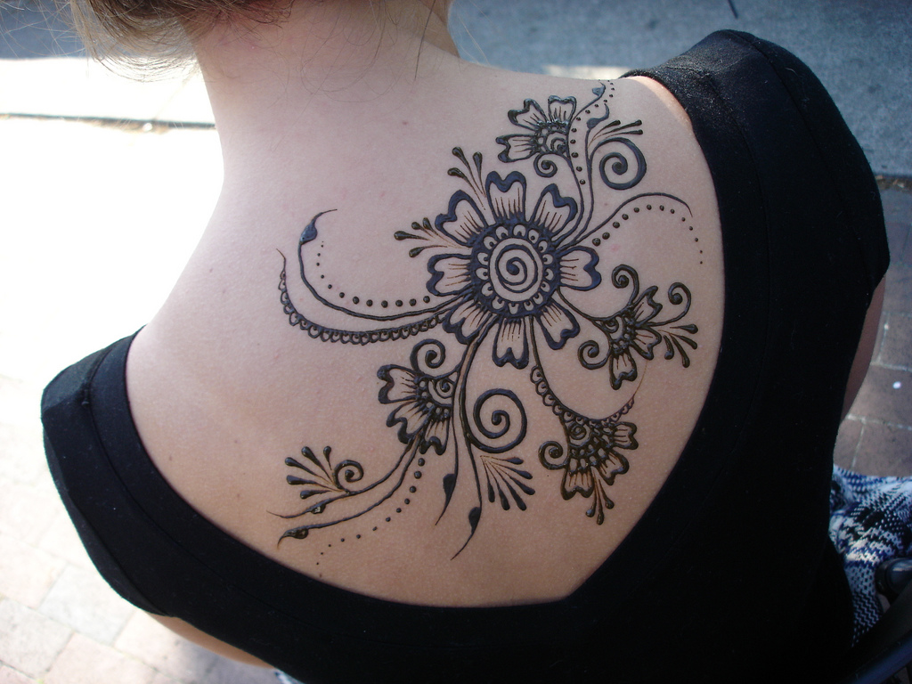 Henna tattoo / henna designs