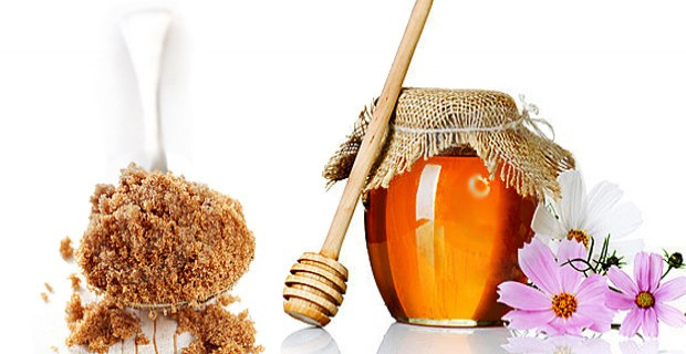 Simple Ways to Make Honey and Sugar Scrub