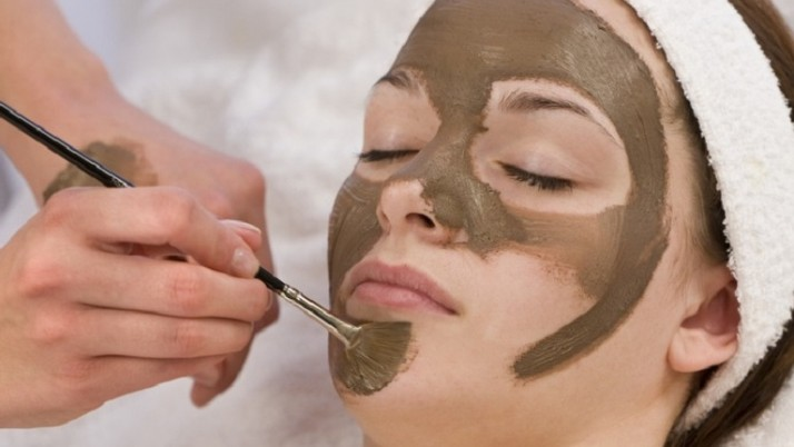 MUD FACE MASKS TO PAMPER YOUR SKIN