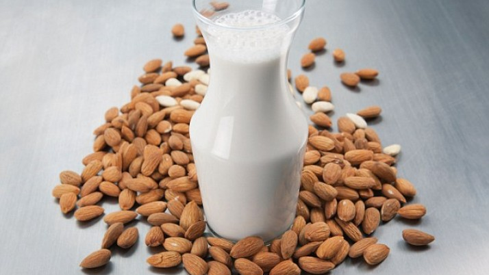 Milk Made from Nuts vs. Cow's Milk