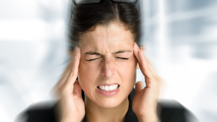 The Difference between a Headache & a Migraine