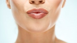 Amazing Beauty Hack for Your Smooth Lips