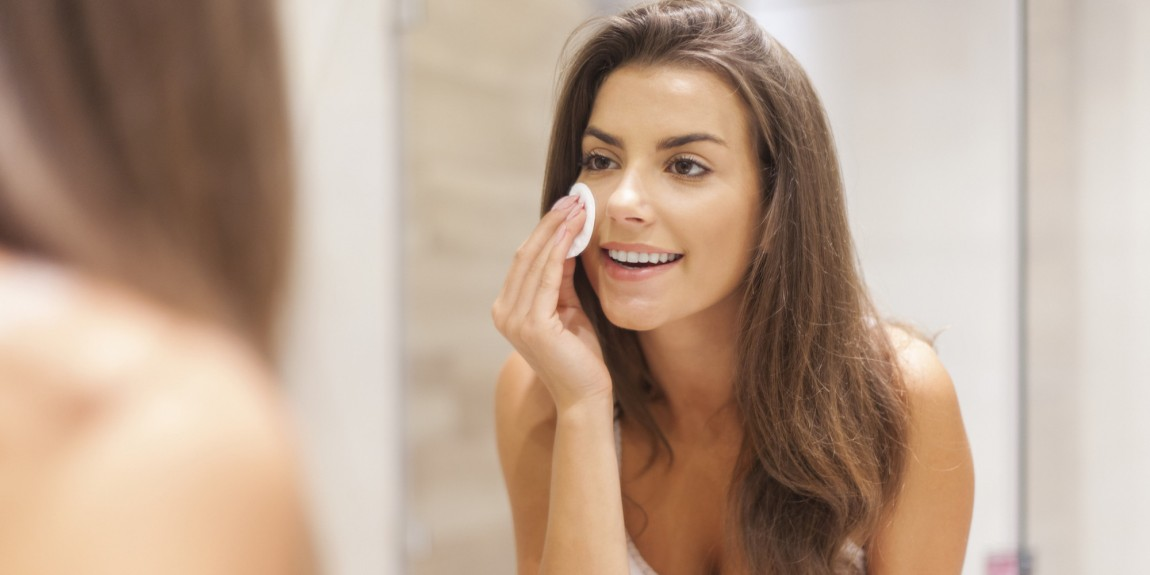 Amazing Beauty Hacks To Formulate Makeup Remover Naturally
