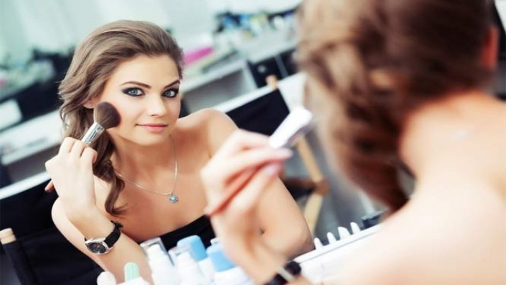 Basic Makeup Tips That Every Women Should Know