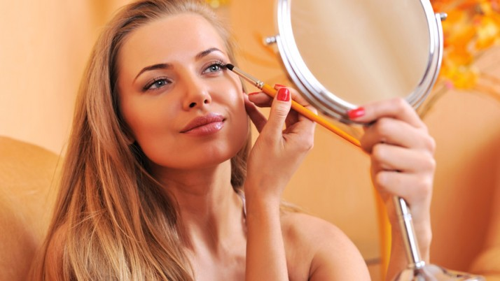 Hiding Holiday Stress With Makeup