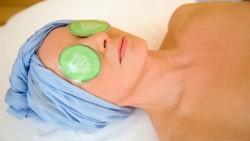 Homemade Cucumber Soaked Eye Mask