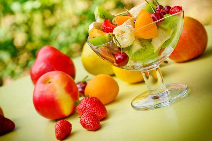 Homemade Fruit Packs for Oily Skin