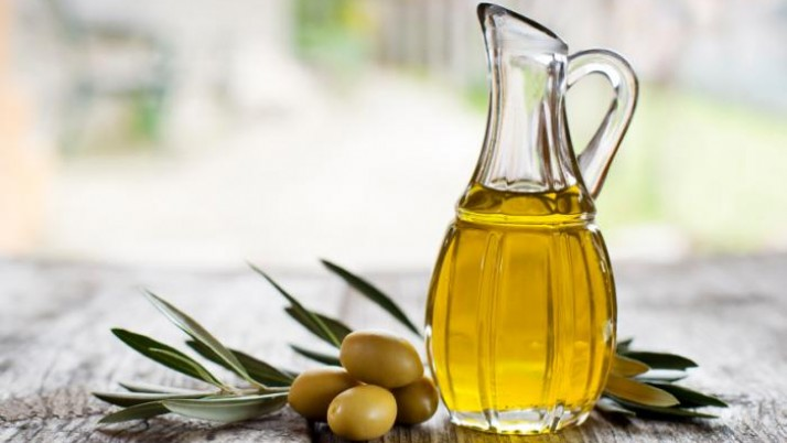 Impel Ways To Make Olive Oil Skin Moisturiser