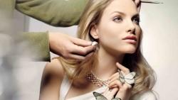 Simple Makeup Tips For Fair Skinned Beauties