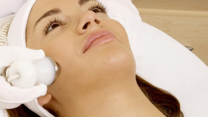 TYPES OF LASER SKIN TREATMENTS AND THEIR BENEFITS