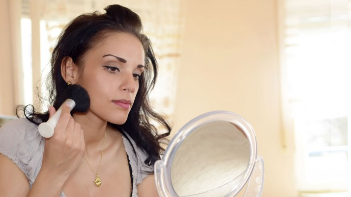 Simple Makeup Tricks to Hide Eczema-Affected Skin